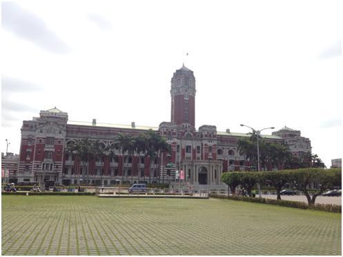 台北/台湾 ~世界経済の大きなうねりの中での総統選と台湾経済~