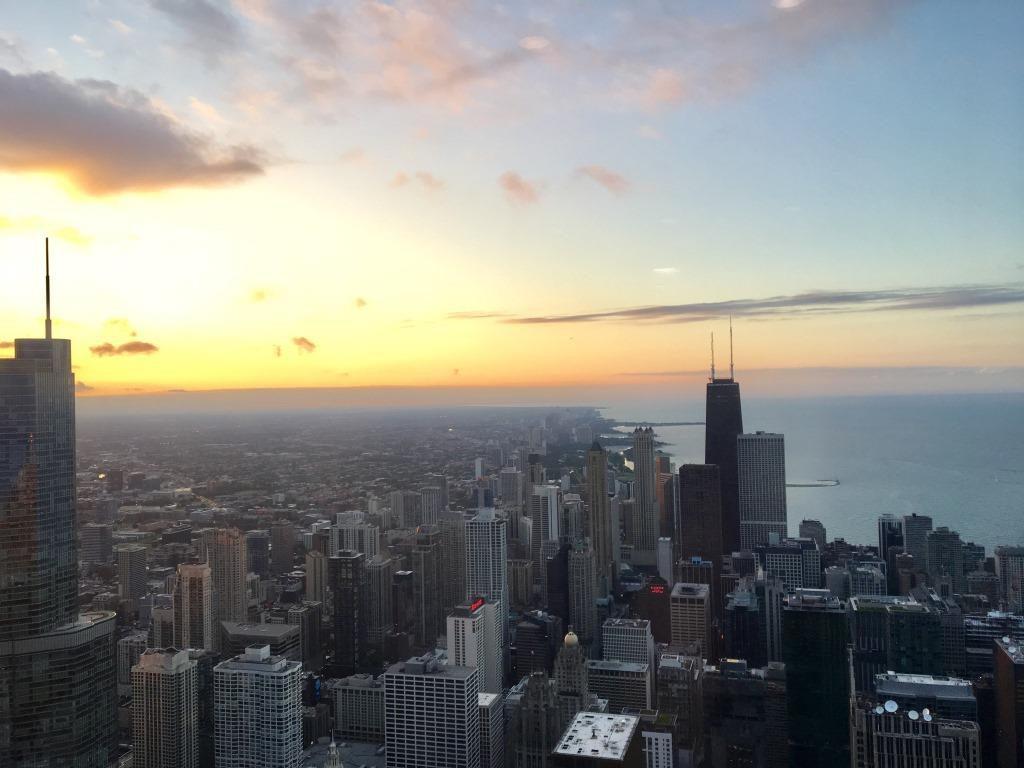 ラストベルトの主要都市シカゴの夕暮れ(筆者撮影)
