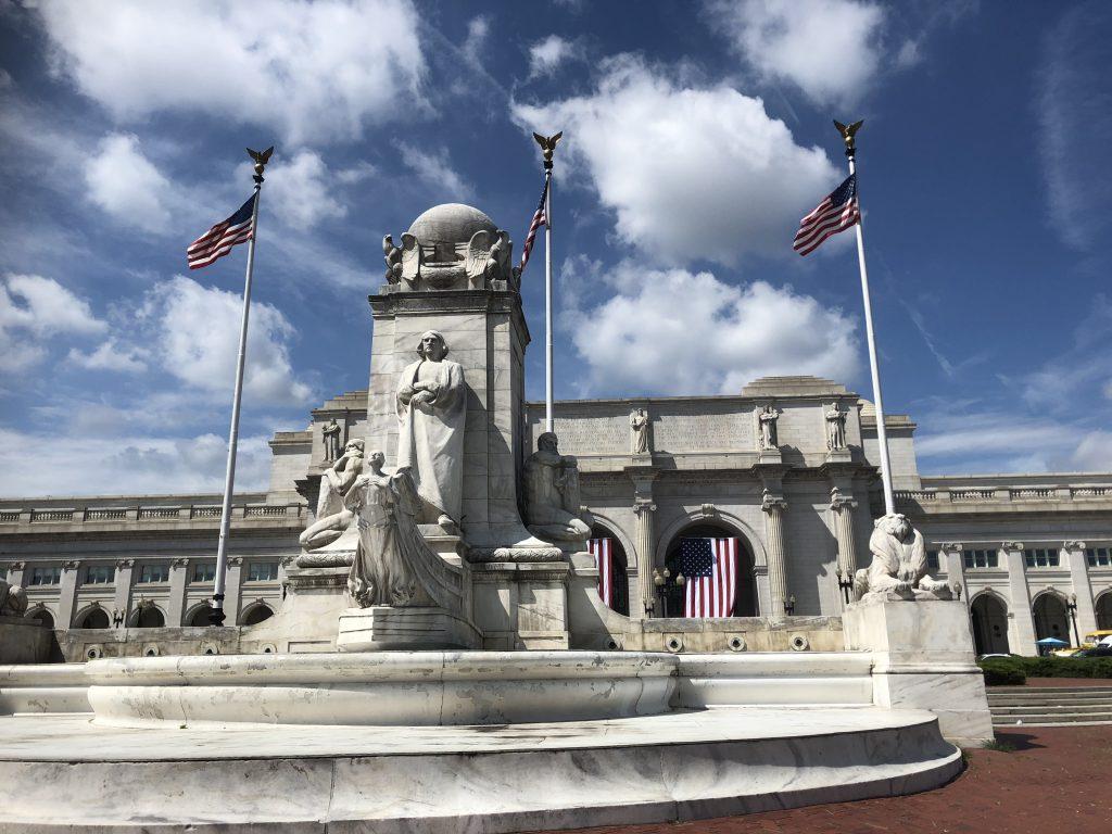 米連邦議会議事堂の北側にあるユニオン駅(筆者撮影)