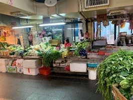 台北の伝統市場(筆者撮影)
