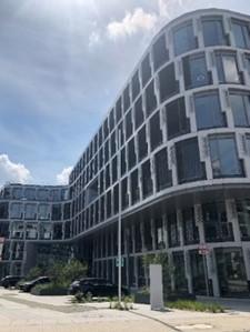 ドイツ住商新社屋(筆者撮影)